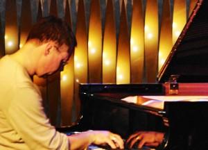 Chris Geisler, Pianist, Komponist, Arranguer, Bouler...
