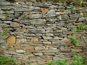 Schöne Trockenmauern.